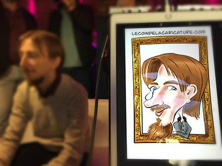 Caricature digitale en couleur réalisée pendant un événement. Sur la caricature un homme avec des cheveux roux. Il a une moustache et une barbe. Le Coin de la Caricature, l'animation originale pour votre mariage. Idée originale pour mariage. Animation insolite pour mariage. Activité insolite pour mariage. Cadeau original pour les invités et les témoins